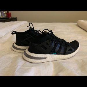 Adidas arkyn core black